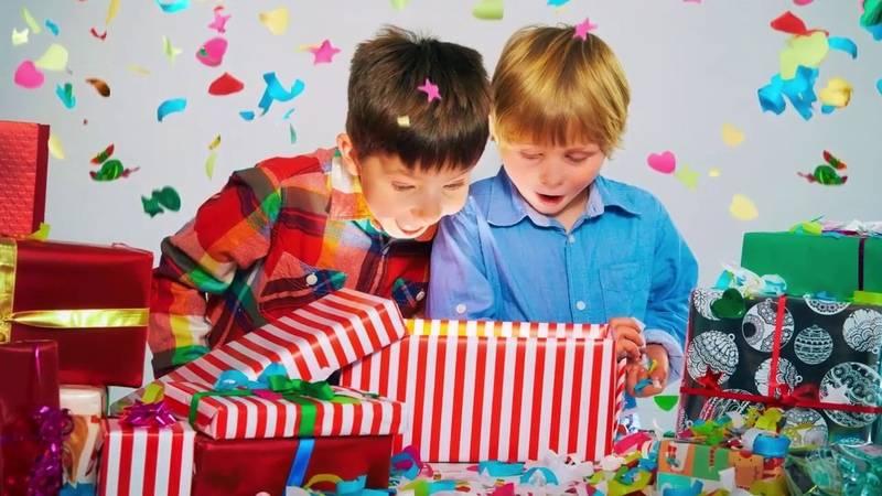 Что подарить мальчику на 11 лет? подборка недорогих подарков на день рождения