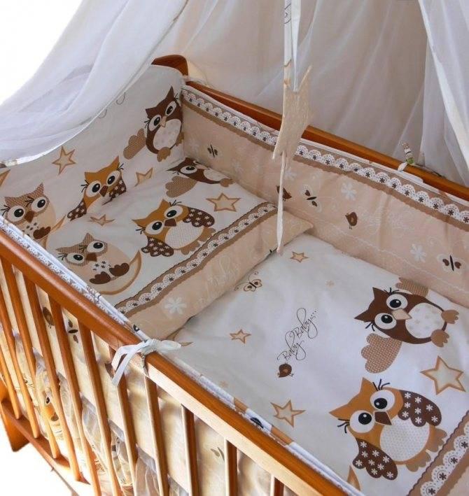 Бортики в кроватку для новорожденных: как правильно подобрать и установить?