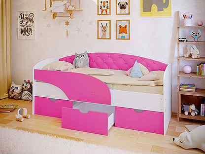Детская кровать с бортиками (55 фото): мягкие кроватки с защитными бортами-ограничителями для детей, надувные барьеры-подушки, модели от ikea