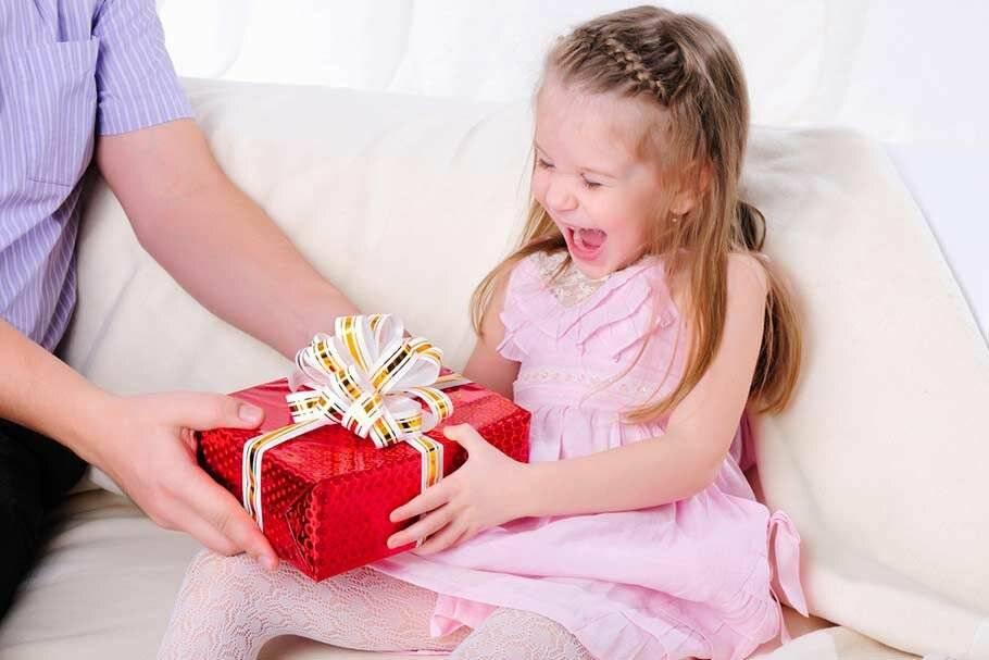 Топ 86 идей что подарить девочке на 12 лет +41 подарок и советы