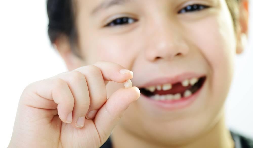 Удаление корня зуба в домашних условиях