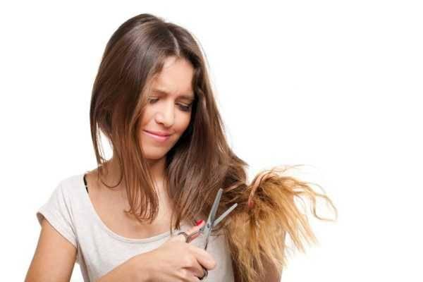 Можно ли стричь волосы во время беременности на ранних и поздних сроках, что говорят врачи?