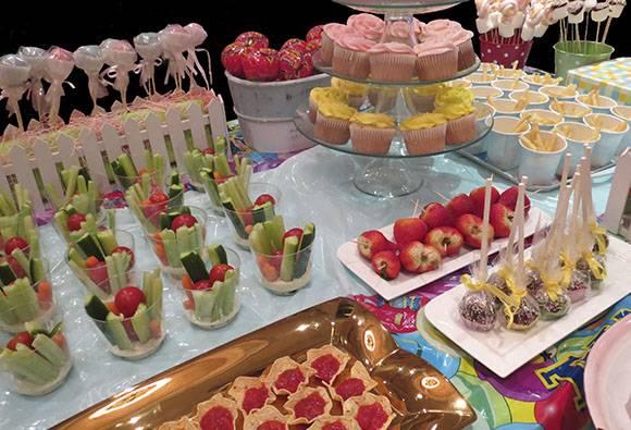 Детское меню на день рождения (от 1 до 12 лет): рецепты мясных блюд, закусок и всевозможных сладостей (фото)