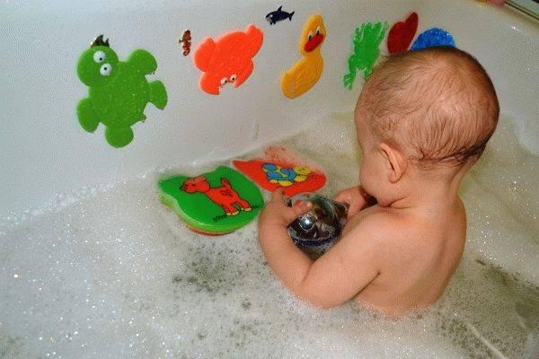 Боремся со страхом ребёнка перед купанием