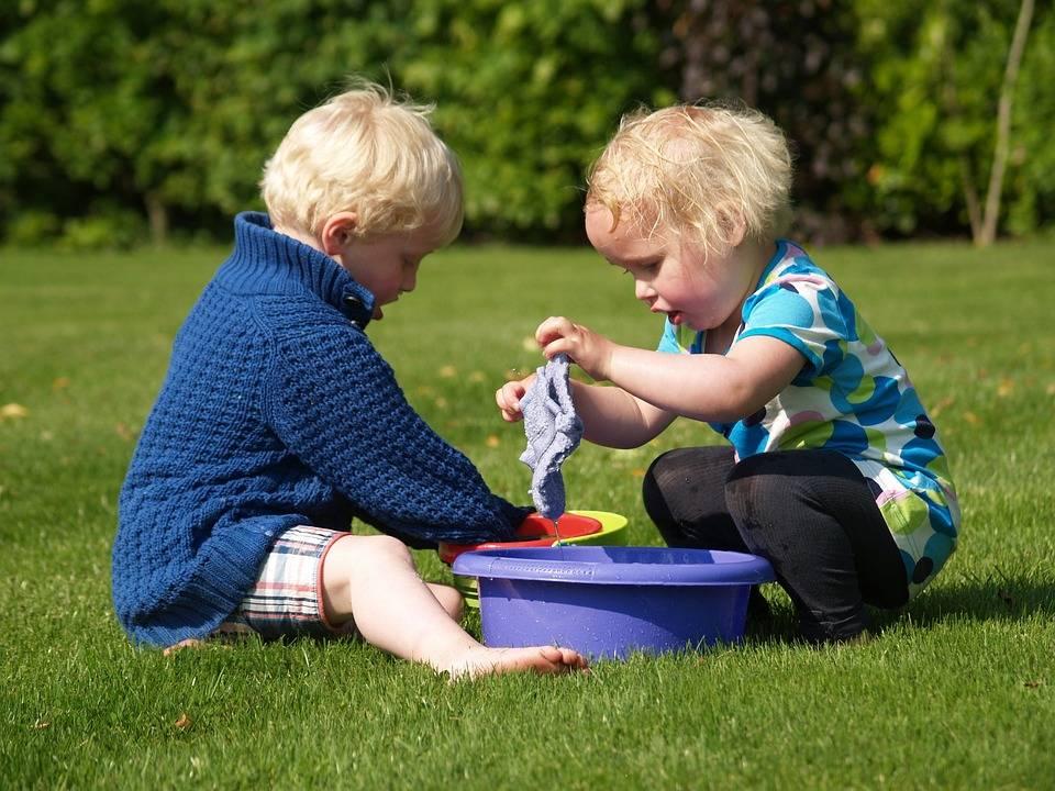 Куда пойти с ребенком новорожденным – доступные развлечения для родителей малыша