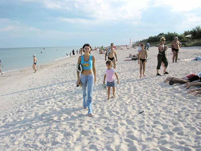 Отдых на азовском море летом 2021: где лучше