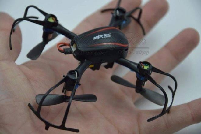 Как зарядить квадрокоптер: через usb, без зарядного устройства, как выглядит зарядка для батареи, аккумулятора дрона, видео