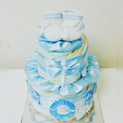 Подарки из памперсов (111 фото): как пошагово сделать торт, корзину и букет из подгузников своими руками