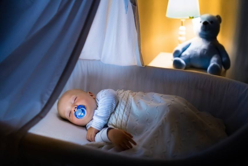 Ночные кормления грудничка - грудное и искусственное вскармливание. прикорм