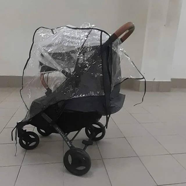 Как выбрать дождевик на прогулочную коляску?