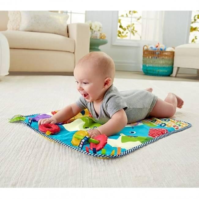 9 лучших развивающих ковриков для новорожденных