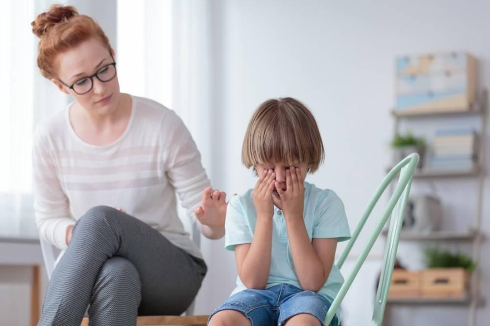 Малыш не отпускает маму. ребенок не отпускает от себя маму ни на шаг: что делать. что делать, если ребенок не отпускает маму ни на минуту