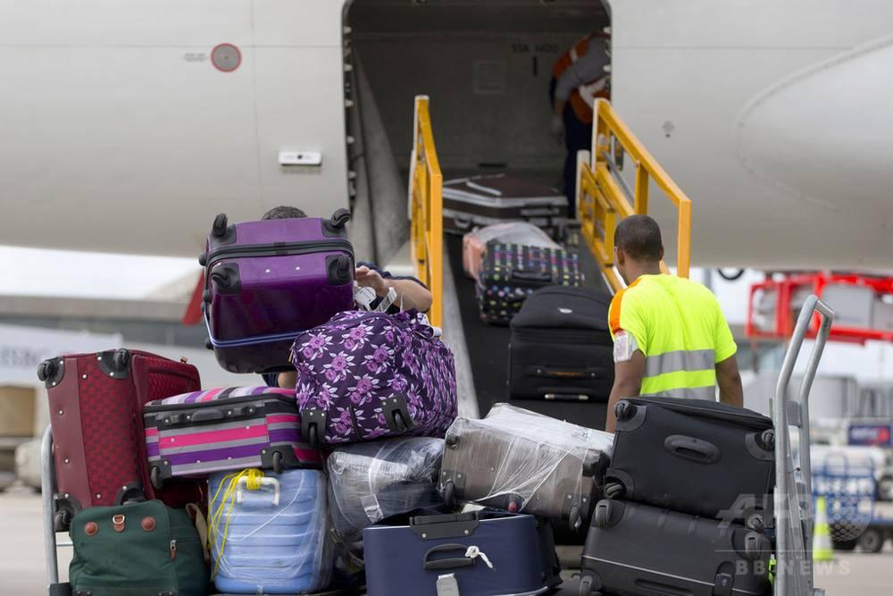 Как перевозить коляску для новорожденного в самолете