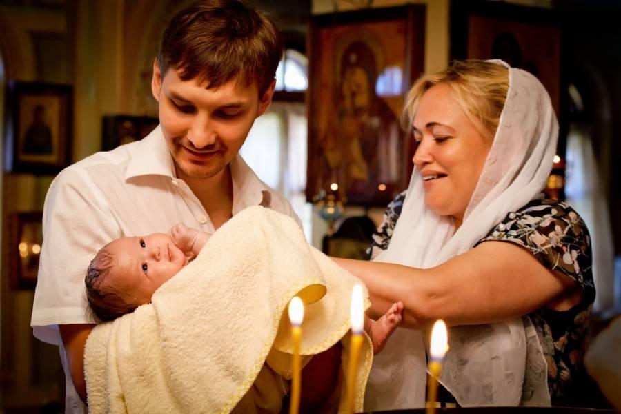 Таинство крещения ребенка: суть и правила обряда, выбор крестных родителей, подготовка и этапы проведения + советы