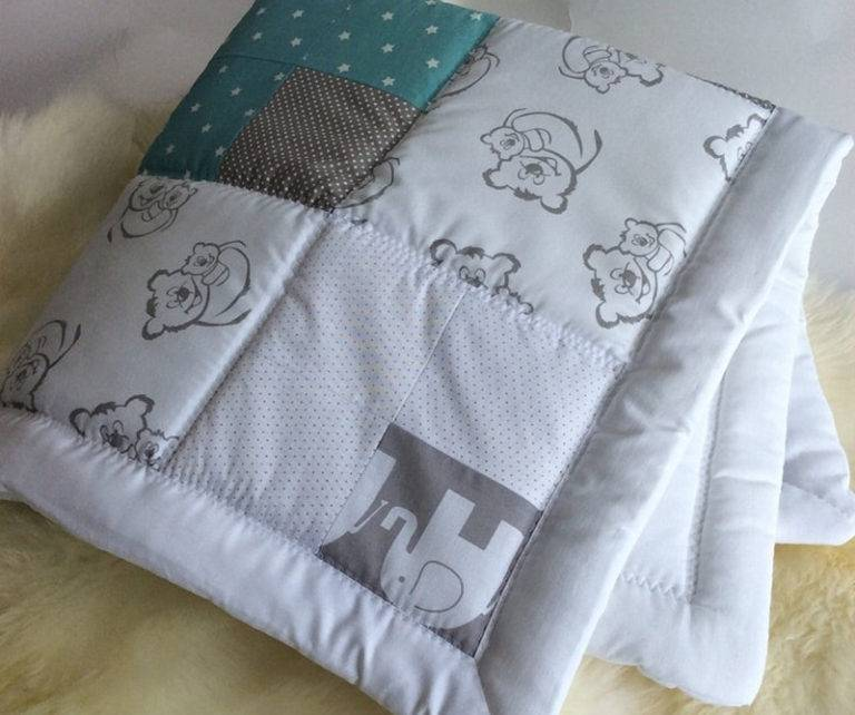 Одеяло для новорожденного (35 фото): детское лоскутное в кроватку, зимнее шерстяное и флисовое, какое лучше выбрать