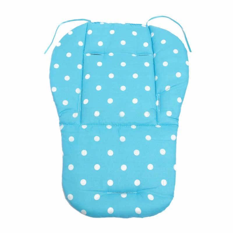 Матрасик в детскую коляску: комплект для новорожденного, кокосовый или другой наполнитель, ортопедический матрас, какой размер нужен