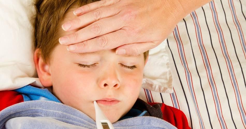 Что поможет при орви и простуде у месячного ребенка?