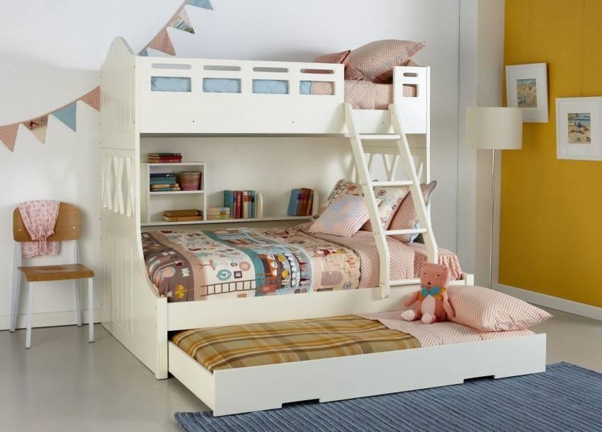 Детская кровать для мальчика (85 фото): кроватка в виде домика в комнату ребенка 4 лет и старше