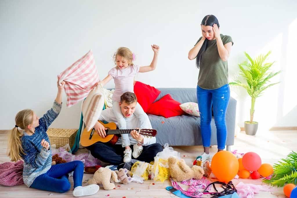 Чем заняться с детьми дома: 33 способа развлечь ребёнка во время карантина или каникул
