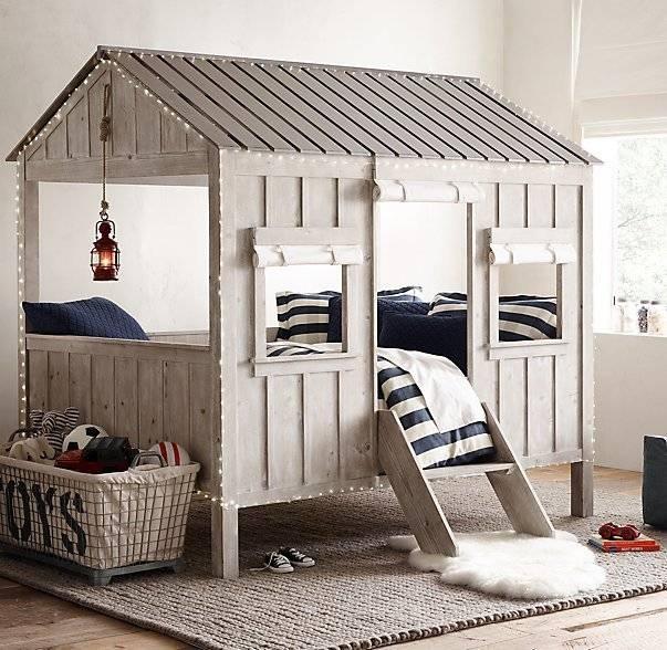 Детская кровать-домик (60 фото): модели-чердаки в виде дома для детей от 2 лет из массива с горкой, с домом внизу или наверху