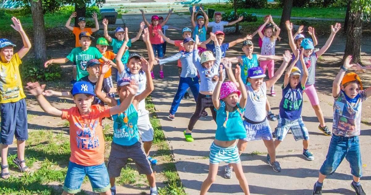 Лето и детские лагеря в подмосковье