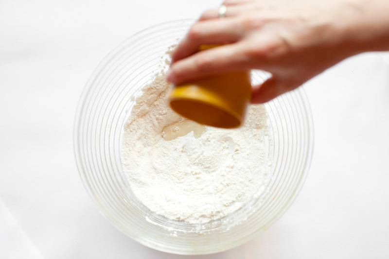 Пластилин для малышей своими руками: 8 простых рецептов