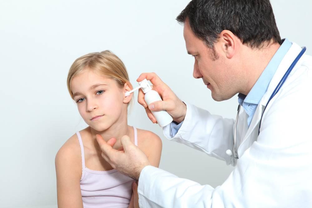 Как выглядят тонзиллитные пробки на фото, лечение хронического гнойного тонзиллита с казеозными пробками на миндалинах в горле
