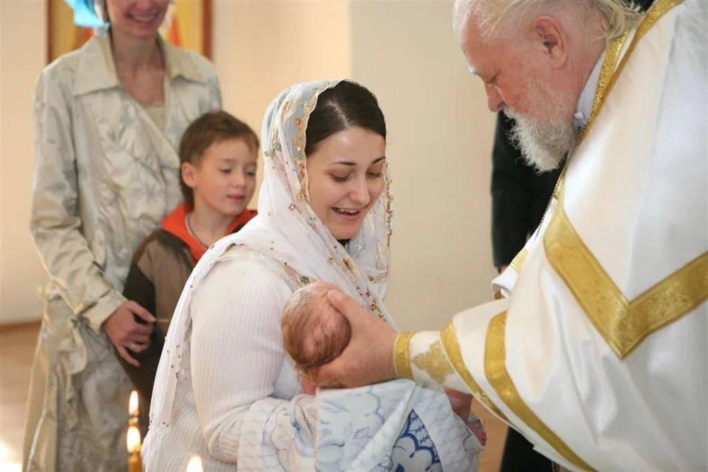 Крещение ребенка: когда крестить, как подготовиться, что нужно и как проходит.  рекомендации