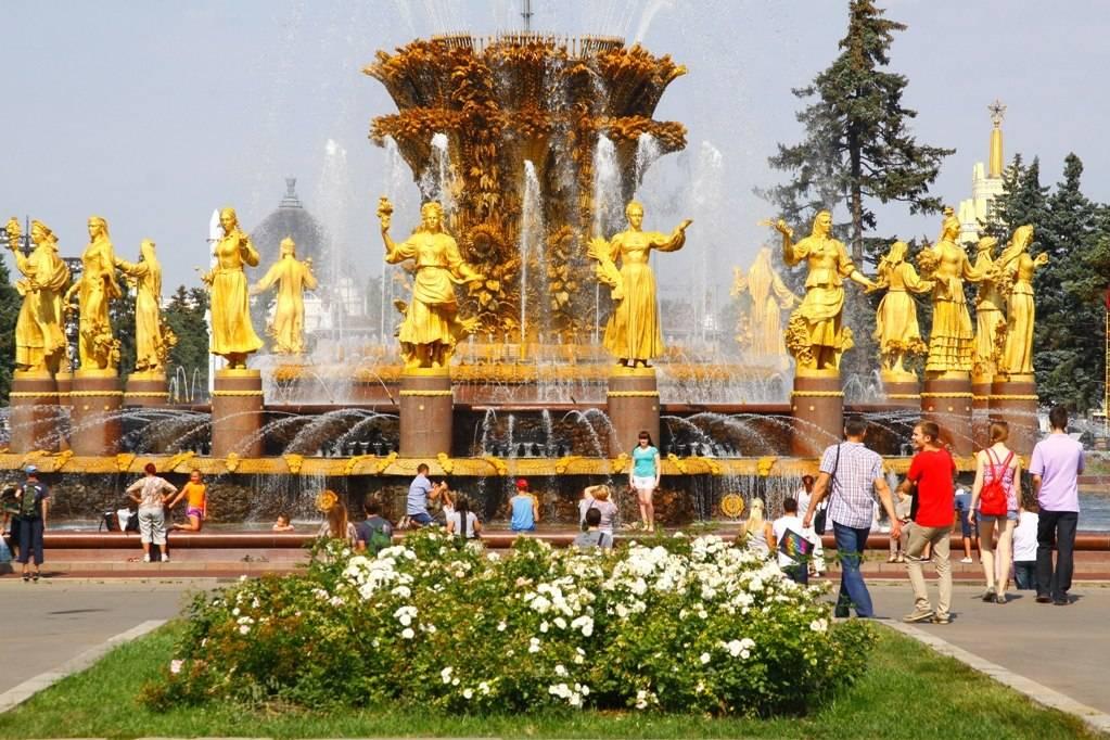 Куда можно сходить с детьми на ВДНХ, лучшие музеи и фонтаны, аттракционы и площадки