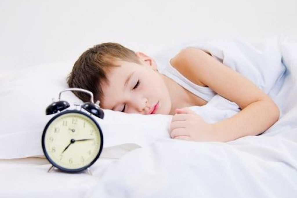 Как будить ребёнка в детский сад