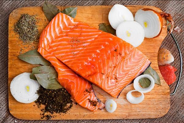Сельдь: польза, вред и калорийность | food and health