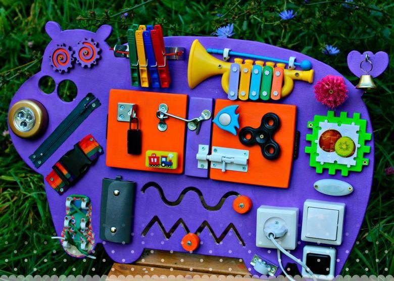 Развивающие игрушки своими руками для детей от нуля до трех лет