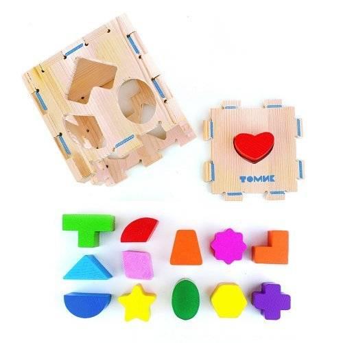 Сортер – полезная развивающая игрушка для детей в 1 год