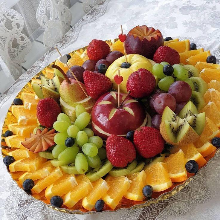 Как порезать фруктовую нарезку для праздничного стола по шагам