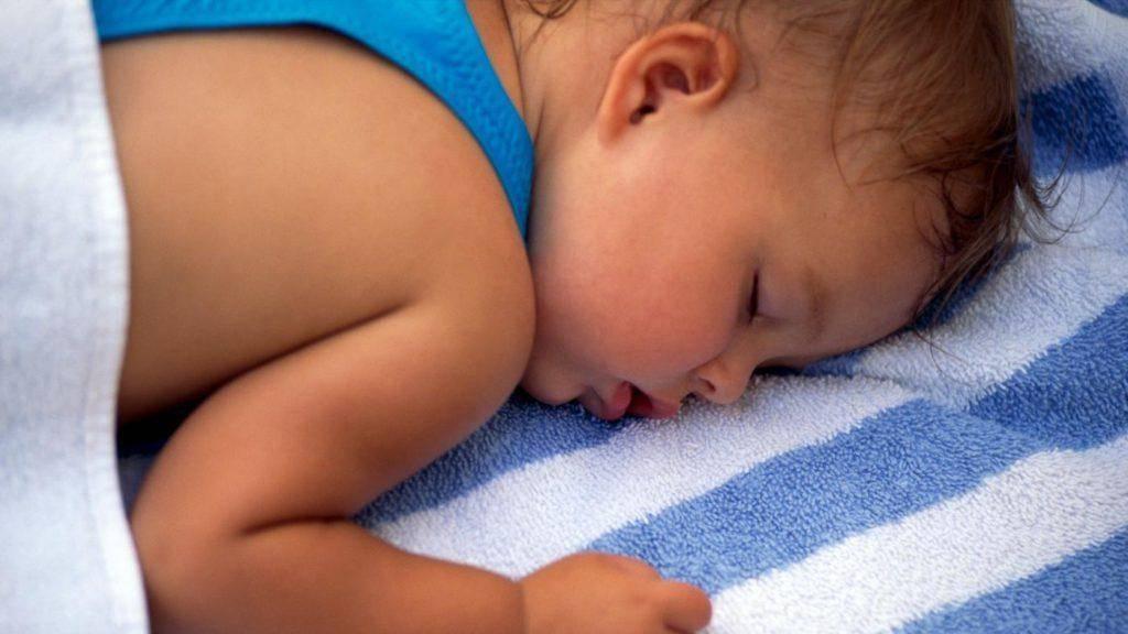 Во время сна потеет голова: симптом заболевания или особенность организма | клиника «гармония»