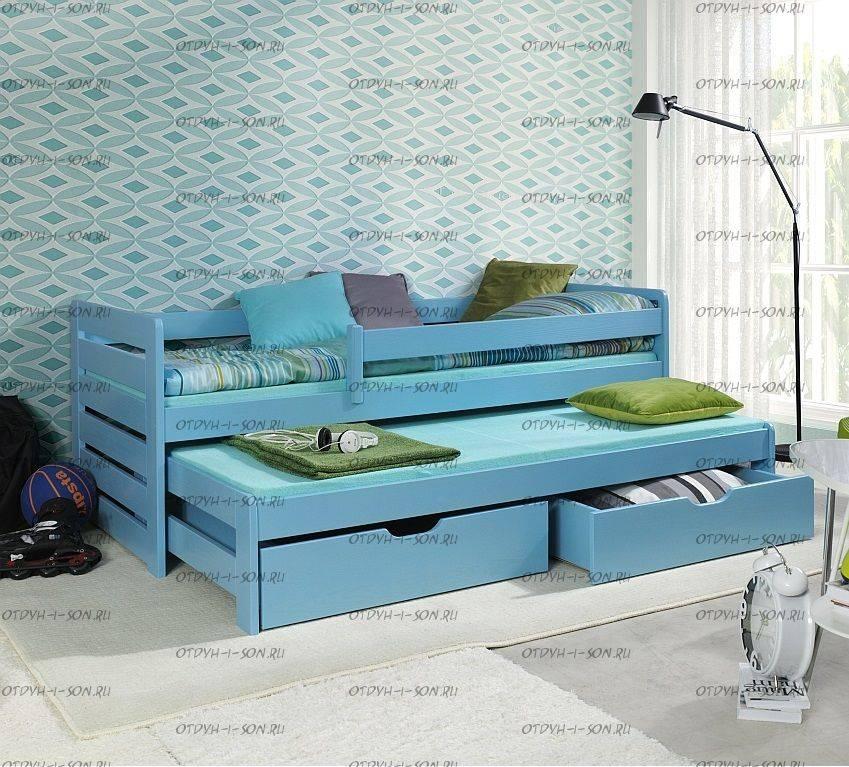 Выдвижная кровать для двоих детей (104 фото): детская раздвижная, выкатная двухъярусная и с подиумом кроватка
