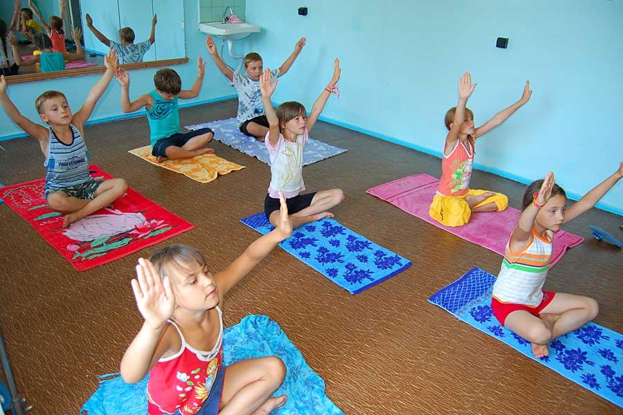 Врач физиотерапевт карасенко в.п. лечебная физкультура для детей - в чем ее особенности.
