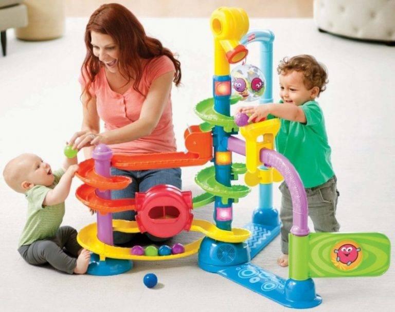 Что подарить ребенку на 2 года. какой подарок выбрать мальчику и девочке на 2 года? :: syl.ru