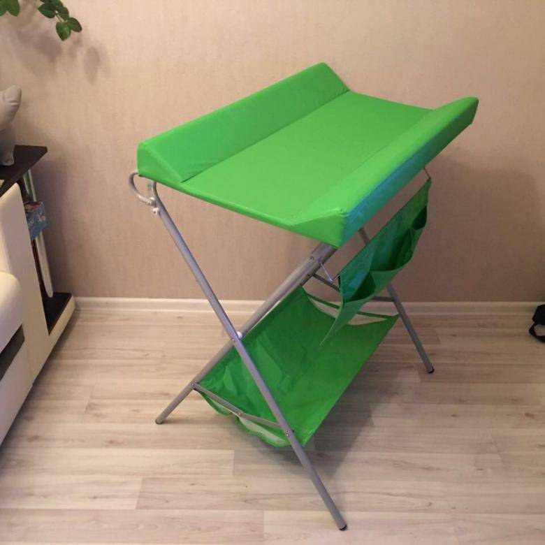 Кроватка с пеленальным столиком (23 фото + видео): выбор модели для новорожденного