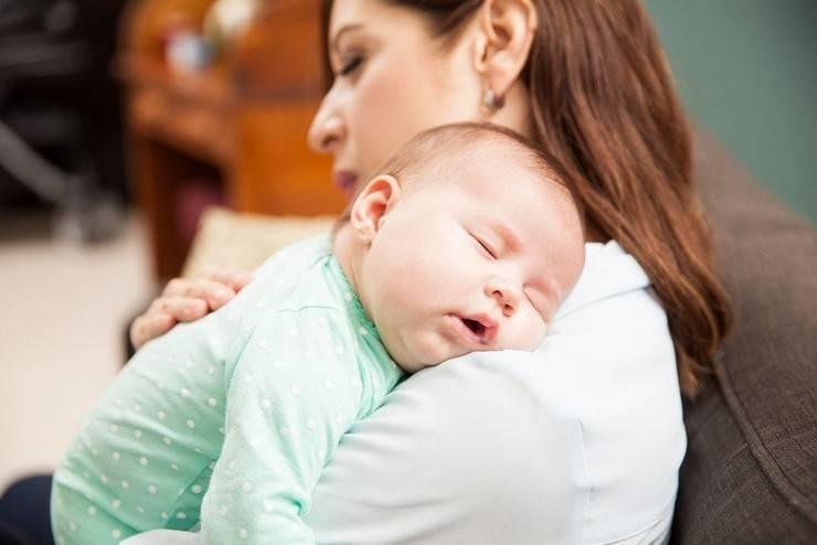 8 вещей которые категорически нельзя делать с новорожденными