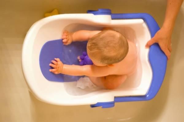 Ребёнок боится купаться в ванной - что делать, как помочь преодолеть страх перед водой, советы специалиста