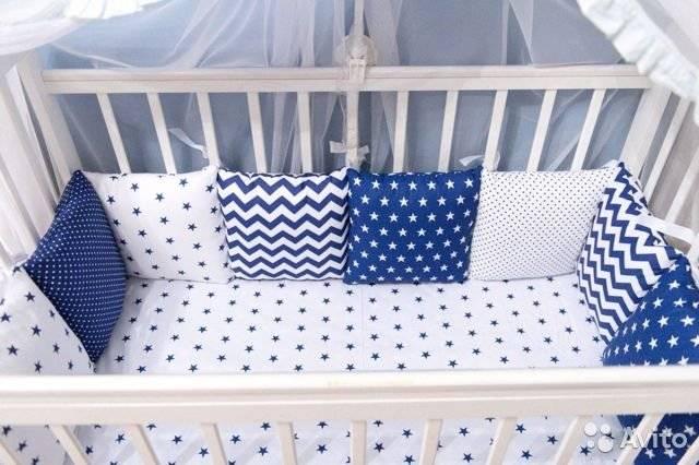Нужны ли бортики в кроватку для новорожденного