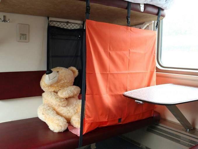 В машине с детьми: советы для комфортных поездок