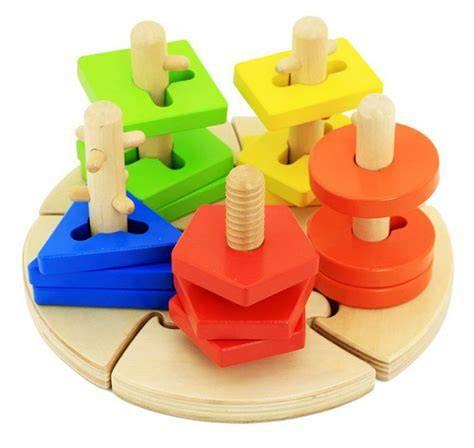 Сортеры для детей: 10 моделей первых развивающих игрушек