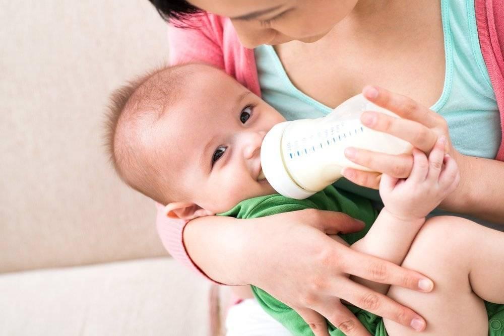 Причины срыгивания у новорожденных при грудном вскармливании как уменьшить срыгивания