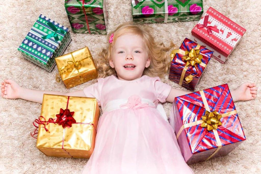 Что подарить ребенку на 8 лет?