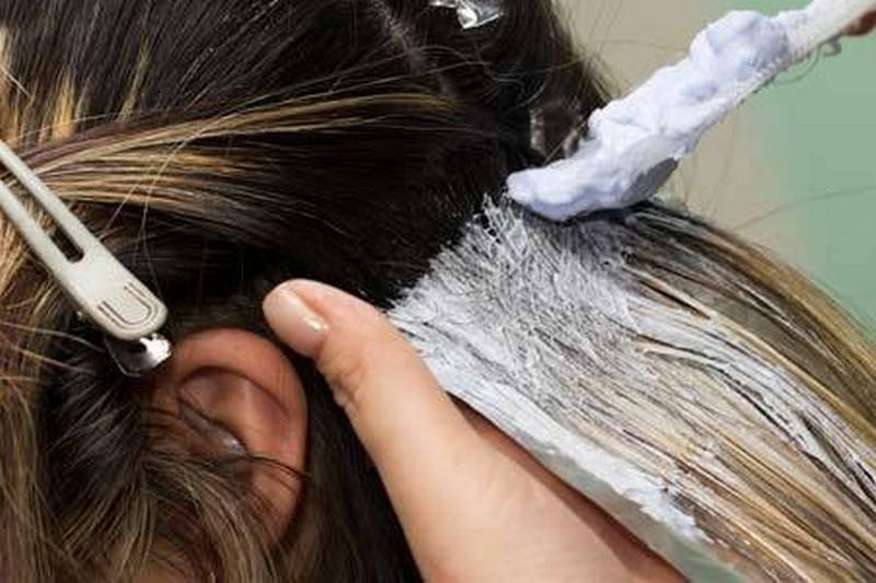 Можно ли красить волосы женщине при беременности