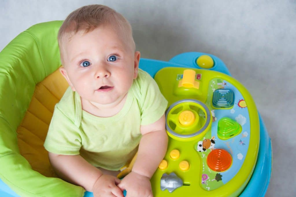 Для чего нужны ходунки ребенку. польза и вред детских ходунков