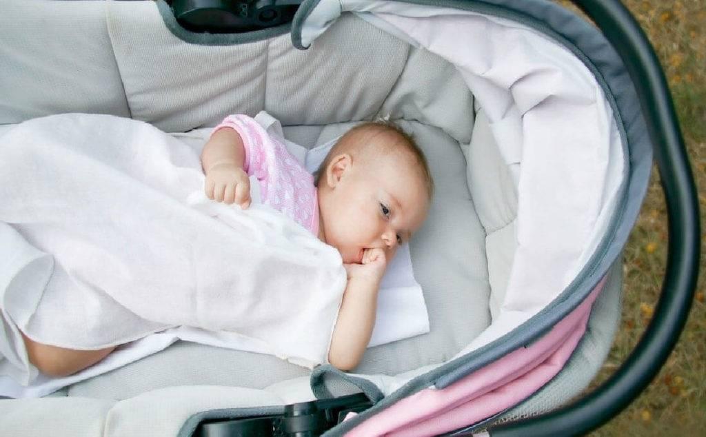 Можно ли гулять с ребенком при кашле без температуры
