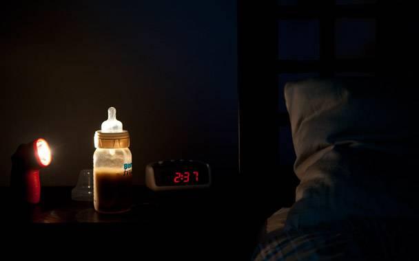 Все о ночном кормлении новорожденных